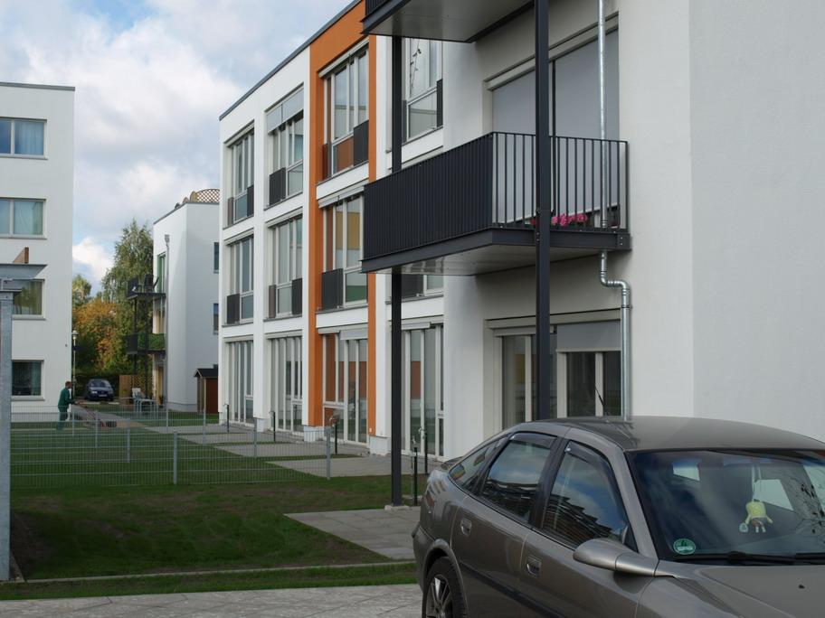 Eingang Niedrigenergiehaus – Neubau Gartenstadt Falkenberg I