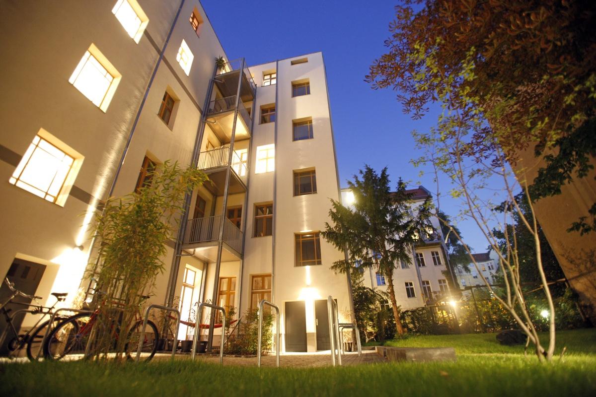 Der Innenhof in der Oudenarder Straße 30/31 – saniert und modernisiert von hmp