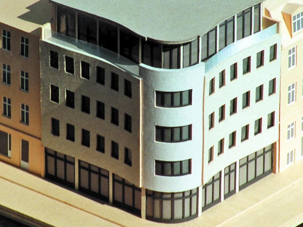 Wohn- und Geschäftshaus Mulackstraße 24, Berlin-Mitte